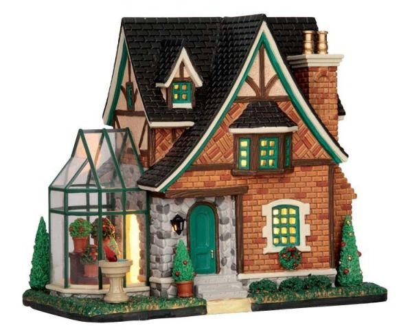 LEMAX - Tudor Home